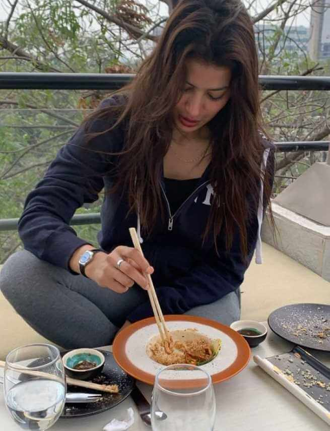 Rabia Butt with foods