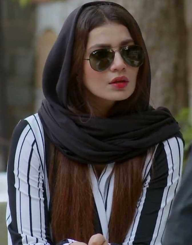 Rabia Butt with sunglasses Image